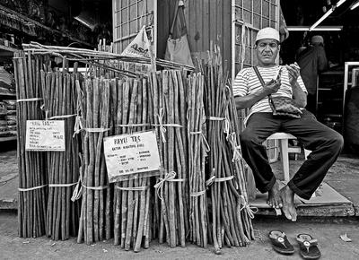 Tas Wood Seller